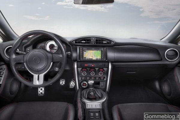 Toyota GT 86: nuova sportiva con motore boxer benzina 2.0 e trazione posteriore 4