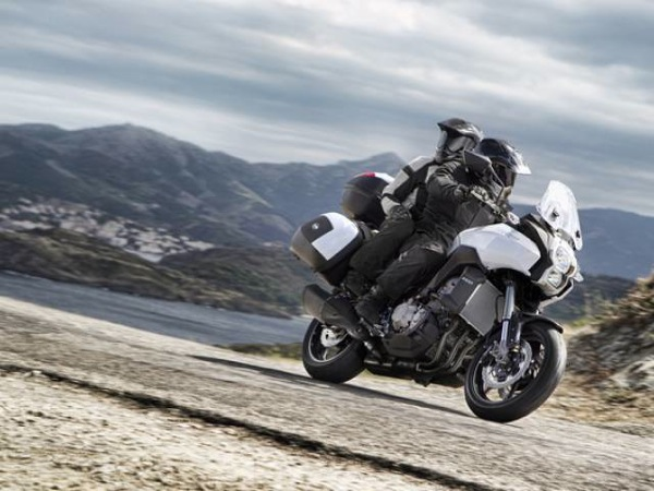 Kawasaki Versys 1000, la enduro da strada estrema a EICMA 2011 3
