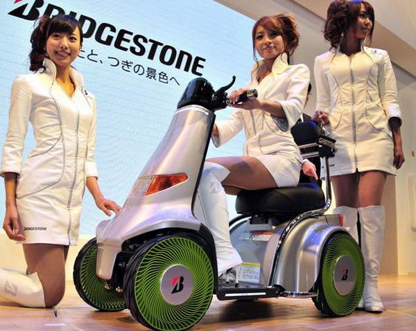 """Bridgestone: arriva il nuovo prototipo senz'aria """"Airless"""""""