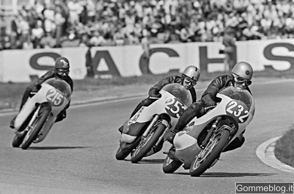 Calendario Metzeler 2012: un omaggio al Sol Levante e la suo ruolo nella storia del motociclismo 2
