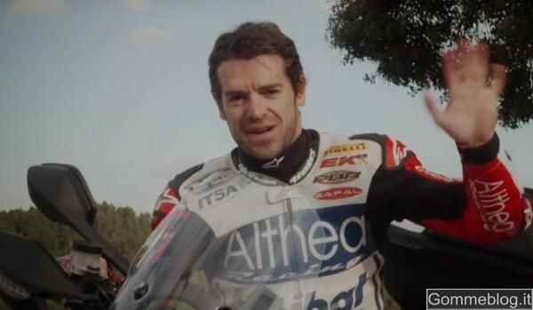 """Buon Natale: Ducati e Carlos Checa fanno gli auguri a tutti con un video davvero """"speciale"""""""