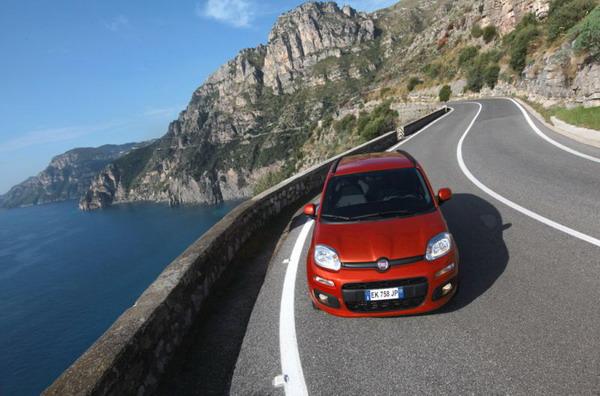 Nuova Fiat Panda: frena da sola .. se tu non lo fai 2