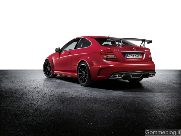 Mercedes C 63 AMG Coupé Black Series: tecnica e performance di questa Supercar 8