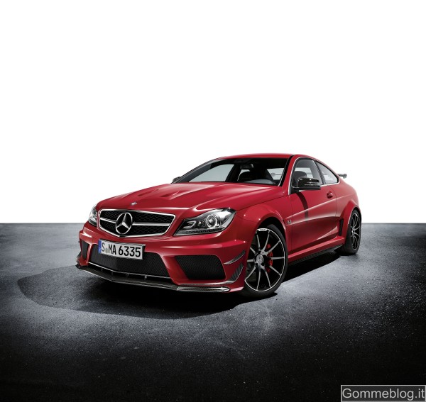 Mercedes C 63 AMG Coupé Black Series: tecnica e performance di questa Supercar