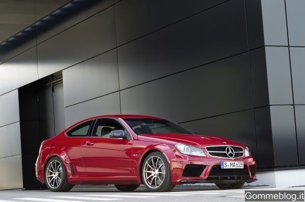 Mercedes C 63 AMG Coupé Black Series: tecnica e performance di questa Supercar 15