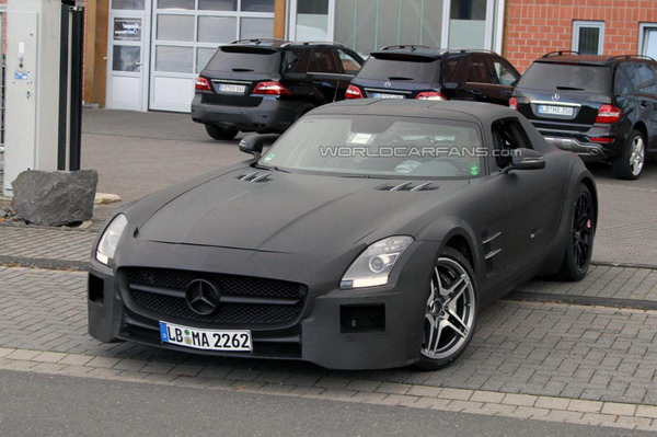 Mercedes SLS AMG Black Series in arrivo? Le Spy photos 5