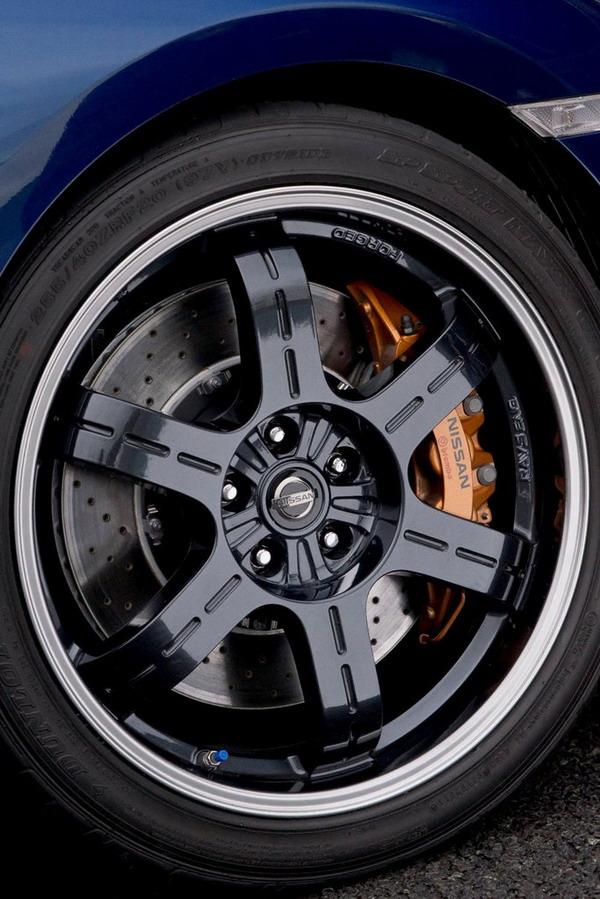 Nissan GT-R Track Pack: nuova versione per la pista 2