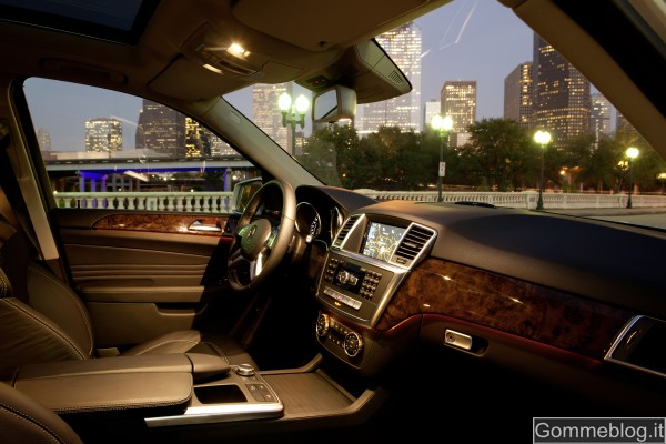 """Mercedes Classe M: analizziamo da vicino il nuovo SUV della """"Stella"""" 9"""