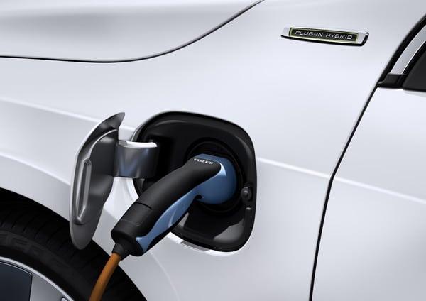 Volvo V60 plug-in Hybrid: ibrida con tre diverse personalità 6