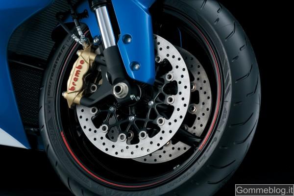 Suzuki GSX-R 1000 2012: Le Prestazioni e la Tecnica 9