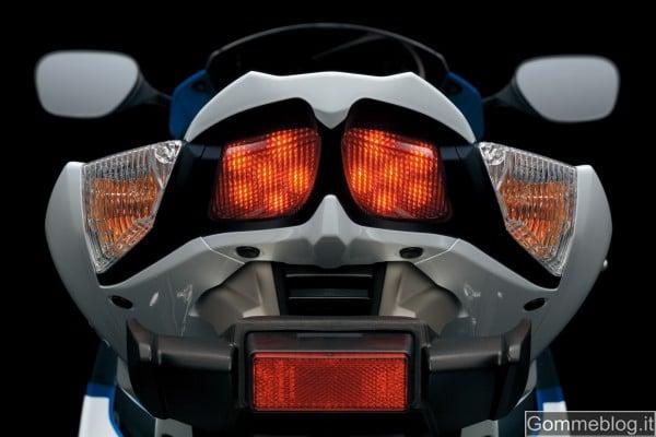 Suzuki GSX-R 1000 2012: Le Prestazioni e la Tecnica 11