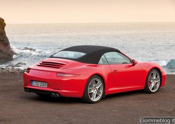 Porsche 911 Carrera Cabriolet e la capote di nuova concezione 2