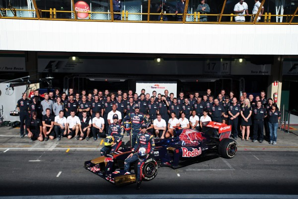 Formula 1 2012: la Toro Rosso TR7 passa i test di sicurezza. Pronti per Jerez