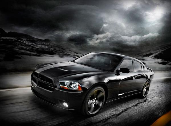 Dodge Charger Blacktop: quando il nero domina la scena 2