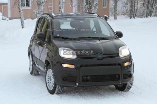 Fiat Panda 4×4: le prime foto spia. La vedremo a fine 2012, inizio 2013