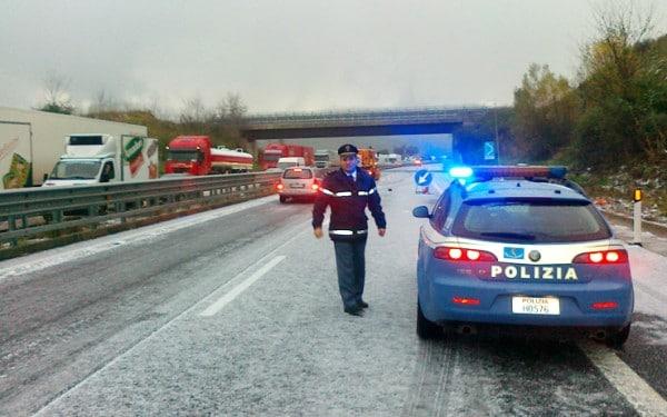 Allerta neve Piemonte: chiusa al transito sul versante francese la strada statale 21