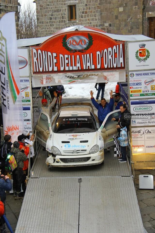 Rally: Alessandro Taddei vince su Citroen Xsara WRC la Ronde della Val d'Orcia 2