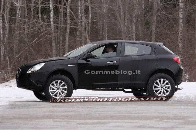 """Alfa Romeo SUV o Giulietta """"Integrale"""": le prime foto spia"""