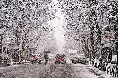 Emergenza neve a L'Aquila: obbligo di catene o pneumatici invernali