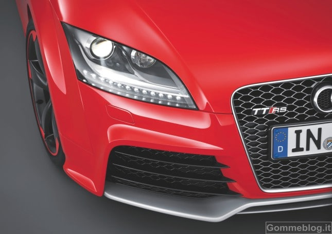 Audi TT RS plus: nuove coupé e Roadster RS ancora più estreme