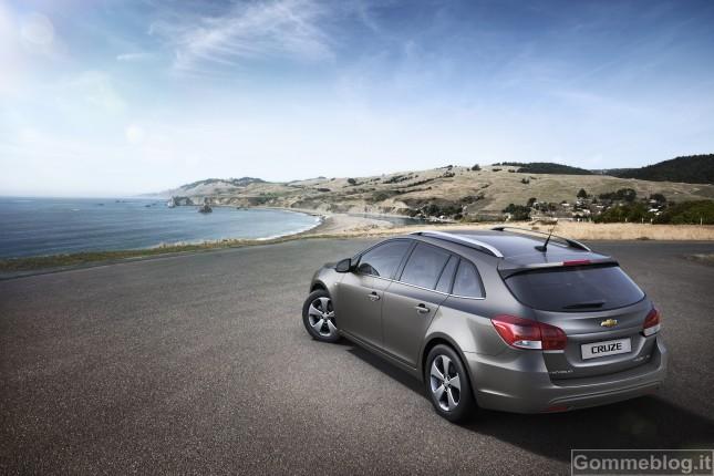 Chevrolet Cruze Station Wagon si presenta in anteprima mondiale