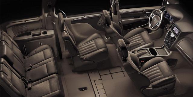 Lancia Voyager Silver e Platinum: anteprima al Salone di Ginevra 2012 1