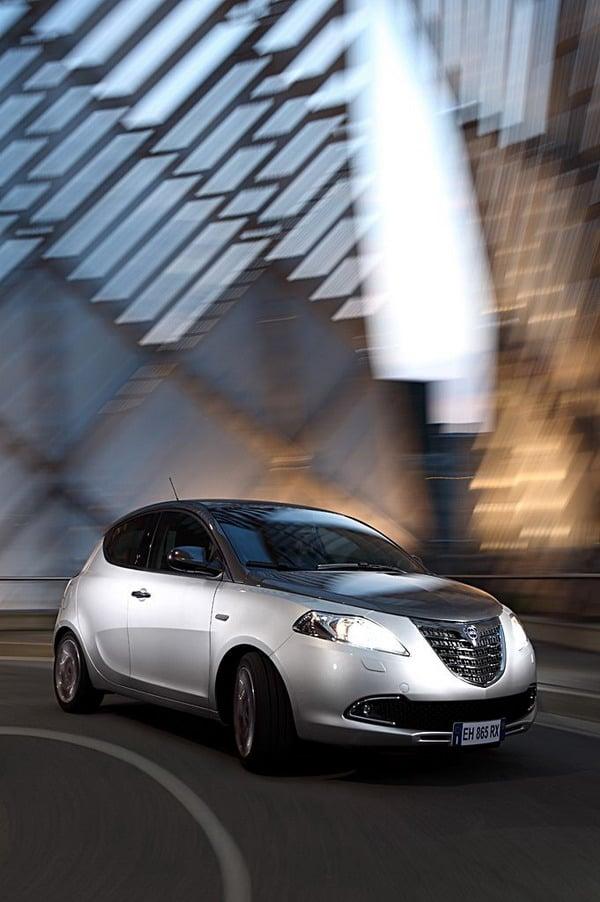 """Lancia Ypsilon: la """"Fashion city car"""" italiana è sempre più premiata 1"""