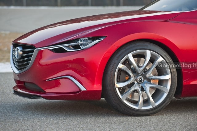 Mazda Takeri: nuova Berlina Concept al Salone di Ginevra 2012 2