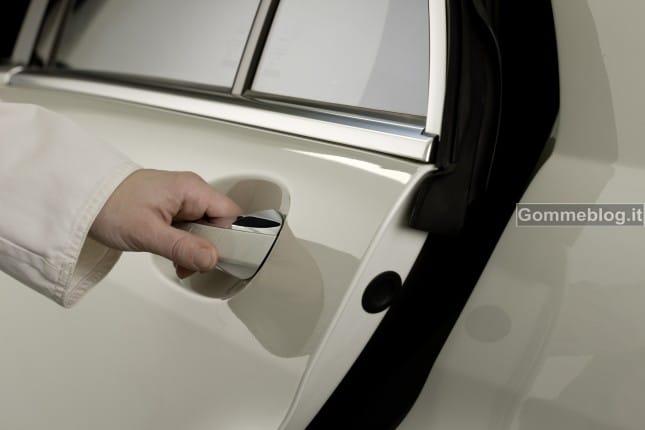 Mercedes inventa le cinture di sicurezza intelligenti che aiutano i soccorsi 2