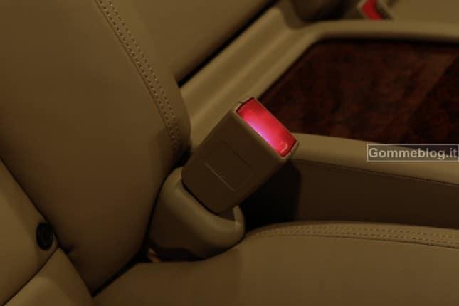 Mercedes inventa le cinture di sicurezza intelligenti che aiutano i soccorsi 4