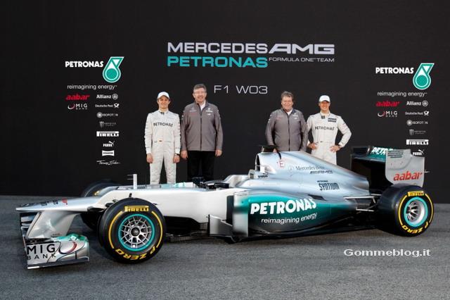 Mercedes F1 W03: ecco la nuova monoposto di Formula 1 2012