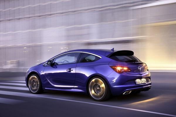 Opel al Salone di Ginevra 2012 con 2 Anteprime Mondiali