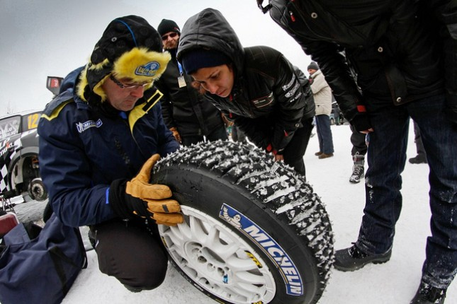 "Video Rally Svezia 2012: ""i re del ghiaccio di traverso sulla neve"" 4"