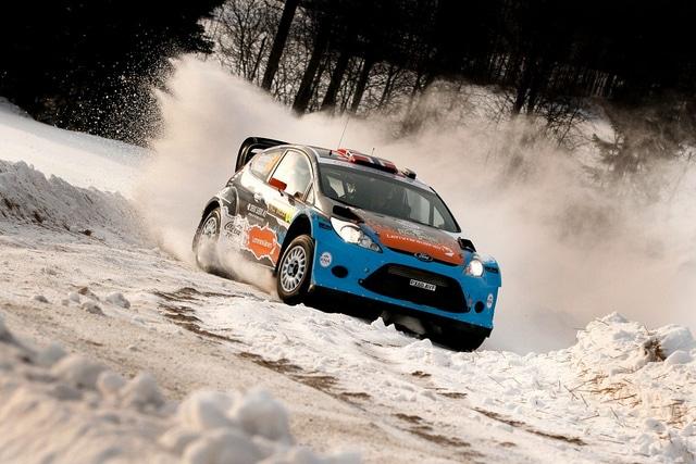 Rally di Svezia 2012: le gomme Michelin fanno volare la Fiesta di Latvala ancora in testa dopo la PS15