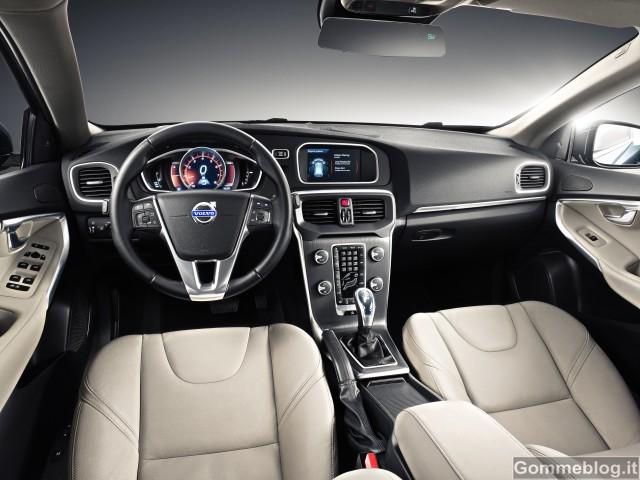 Nuova Volvo V40: Dati, Caratteristiche Video E Foto Ufficiali 3