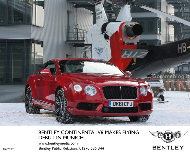La nuova Bentley Continental V8 vola in elicottero sopra Monaco. Il video 2