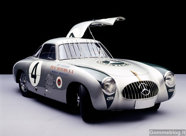 Supercar Storiche: Mercedes-Benz 300 SL da corsa serie W 194 (1952-1953)
