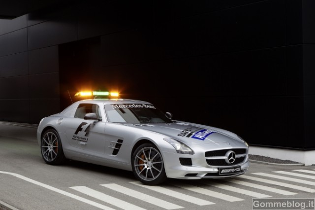 Formula 1: Performance e Tecnica delle Mercedes AMG Safety Car e Medical Car F1 2