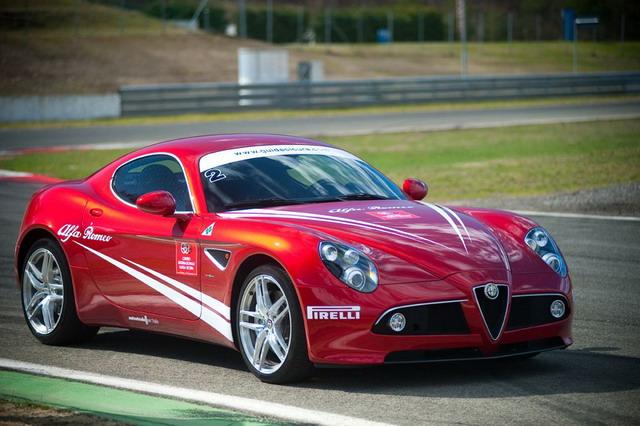 Corsi di Guida Sicura Alfa Romeo: partono i nuovi Corsi di Andrea de Adamich 2