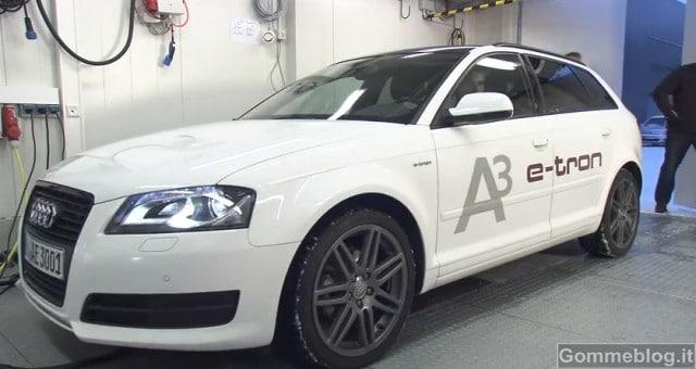 "Audi Wireless Charging: Ricarica elettrica ""Senza Fili"""