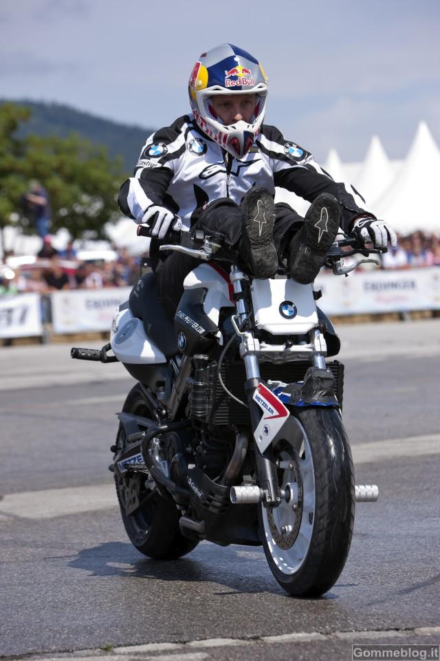 Chris Pfeiffer e BMW F 800 R: grande show al Motodays 2012 2
