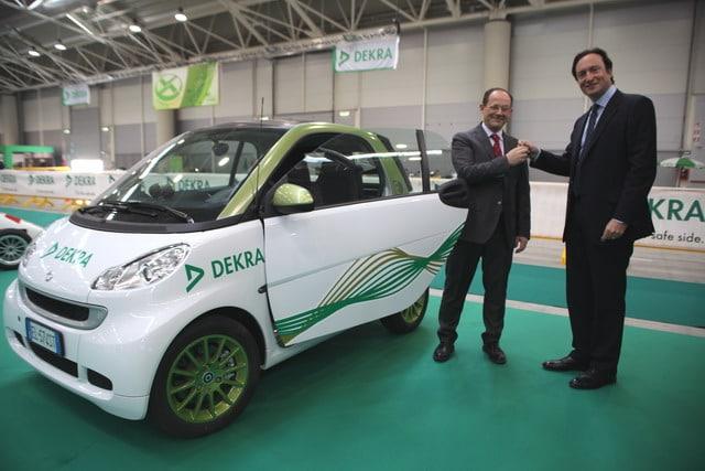 DEKRA sceglie la mobilità a zero emissioni di E-mobility Italy
