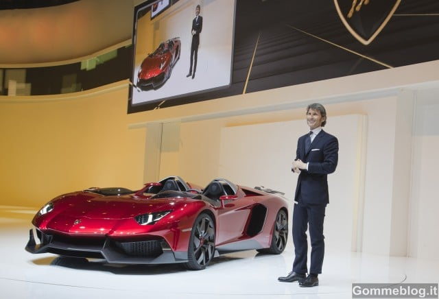 Lamboghini Aventador J: Video al Salone di Ginevra 2012 5