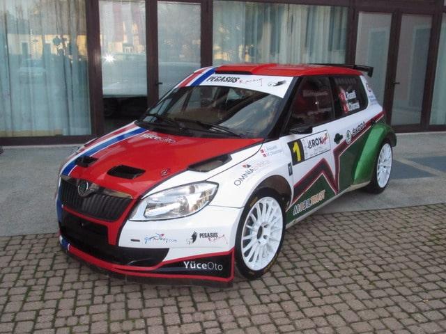 Luca Rossetti nel Campionato Rally Turco con la Skoda Fabia S2000