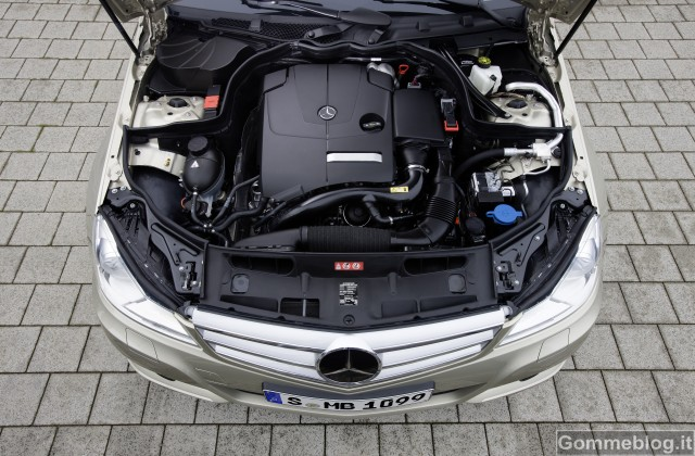 Mercedes-Benz Classe C 180 ed E 220 CDI BlueEFFICIENCY. Modelli esemplari di efficienza 3