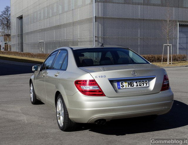 Mercedes-Benz Classe C 180 ed E 220 CDI BlueEFFICIENCY. Modelli esemplari di efficienza 2