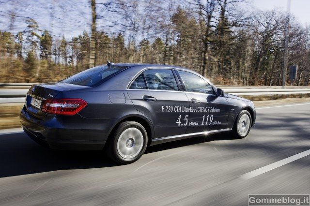 Mercedes-Benz Classe C 180 ed E 220 CDI BlueEFFICIENCY. Modelli esemplari di efficienza