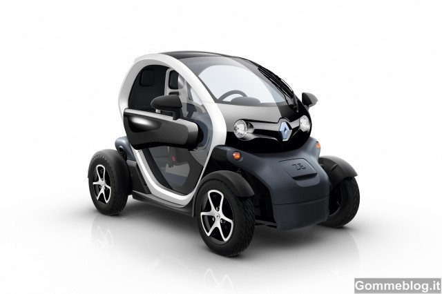 Renault Twizy: dal 15 Marzo in concessionaria a 6.990 Euro 12