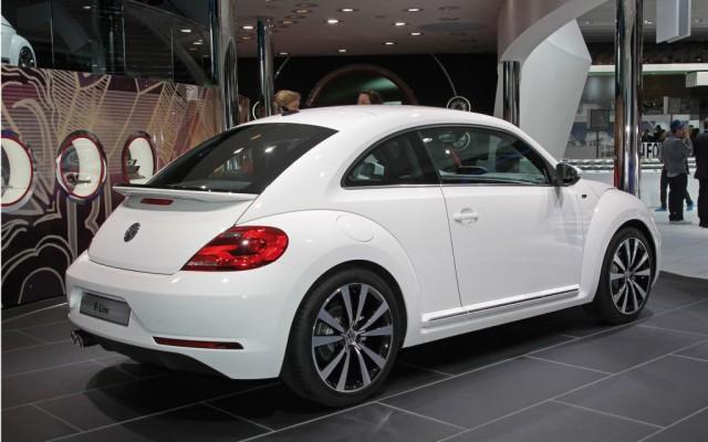 Volkswagen Beetle: pacchetti R-Line specifici per la versione Sport 2