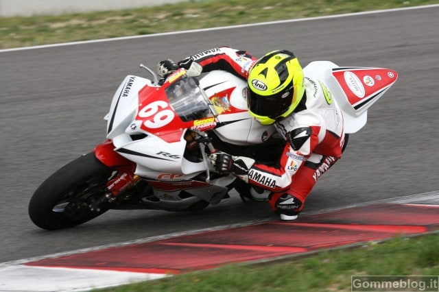 Yamaha R6 CUP 2012: Biliotti espugna il Mugello 3